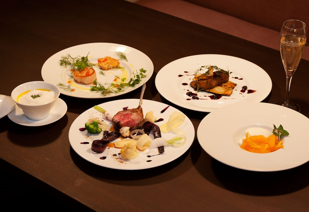 Food and Drink, One Niseko Resort Towers