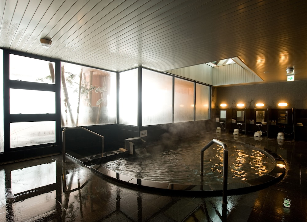 Hot springs, One Niseko Resort Towers