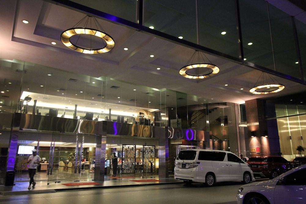 Grand paragon hotel johor bahru johor bahru 2019 reviews hotel booking expedia singapore Public swimming pool in johor bahru