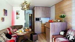 Fridge, microwave, hob, dishwasher
