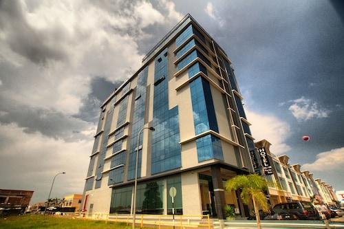 Spa Hotels in Bukit Indah - Bukit Indah spa Accommodation | Wotif