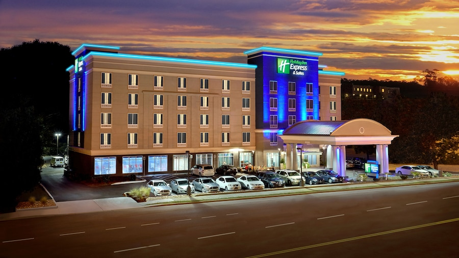 Holiday Inn Express Hotel & Suites Knoxville West -Papermill, an IHG Hotel