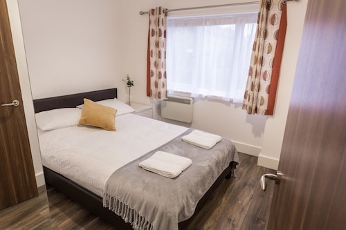 Meridian Apartments - Southend