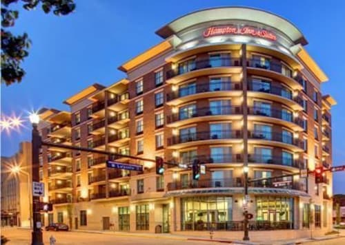 Check Expedia for Availability of Hampton Inn & Suites Baton Rouge Downtown