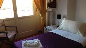 2 bedrooms, premium bedding, Select Comfort beds, individually decorated