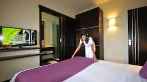 In-room safe, individually furnished, soundproofing, iron/ironing board