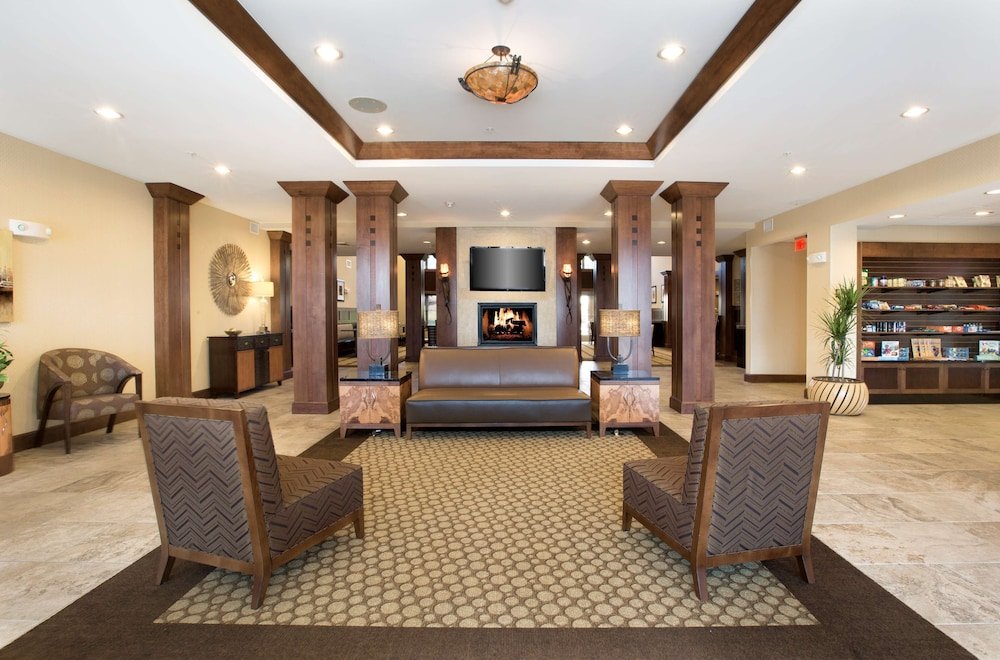 Lobby, Homewood Suites by Hilton Newport Middletown, RI