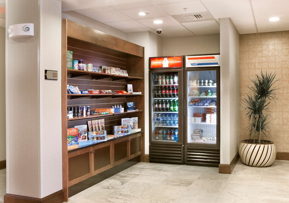 Snack Bar, Homewood Suites by Hilton Newport Middletown, RI