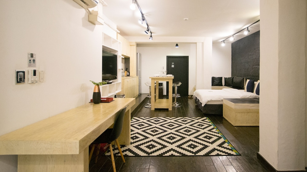 Room, SLA Seoul Loft Apartments