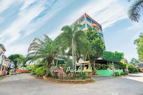OYO 566 Princess Park Hotel