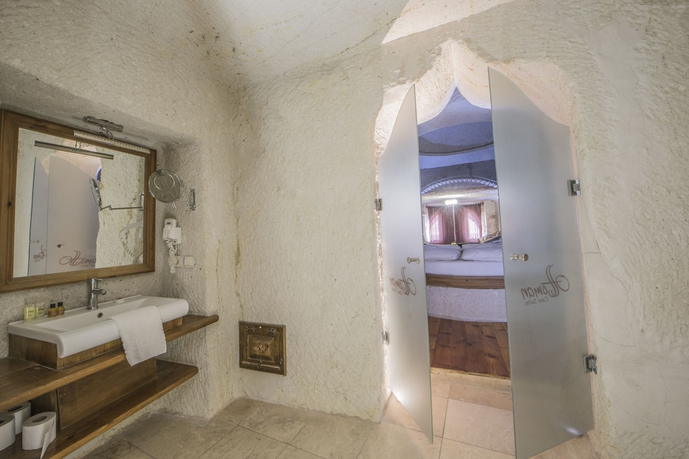 Bathroom, Ottoman Cave Suites