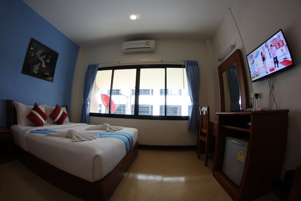 Room, My Place @ Surat Hotel