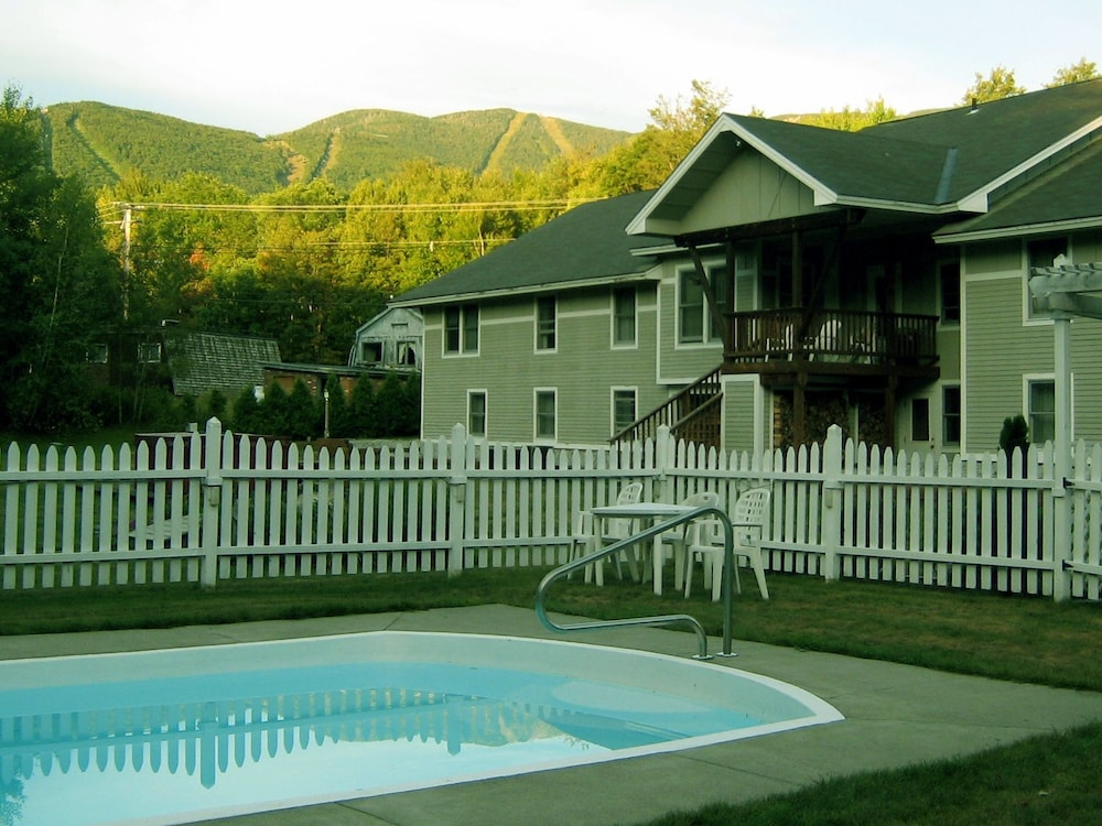 Pool, Sugar Lodge At Sugarbush