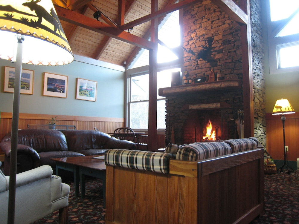 Lobby Sitting Area, Sugar Lodge At Sugarbush