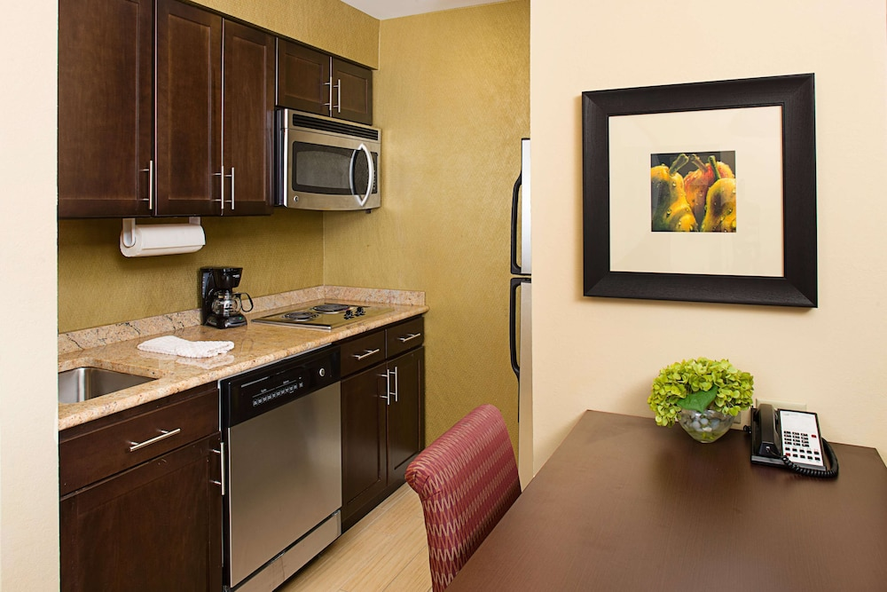 Private Kitchen, Homewood Suites by Hilton Carle Place - Garden City, NY
