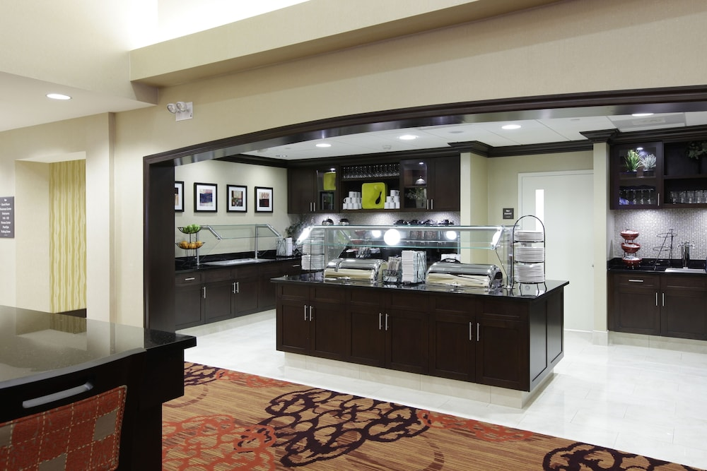 Breakfast Area, Homewood Suites by Hilton Carle Place - Garden City, NY
