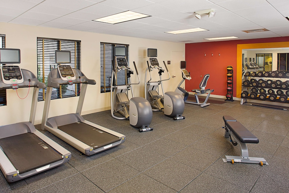 Fitness Facility, Homewood Suites by Hilton Carle Place - Garden City, NY