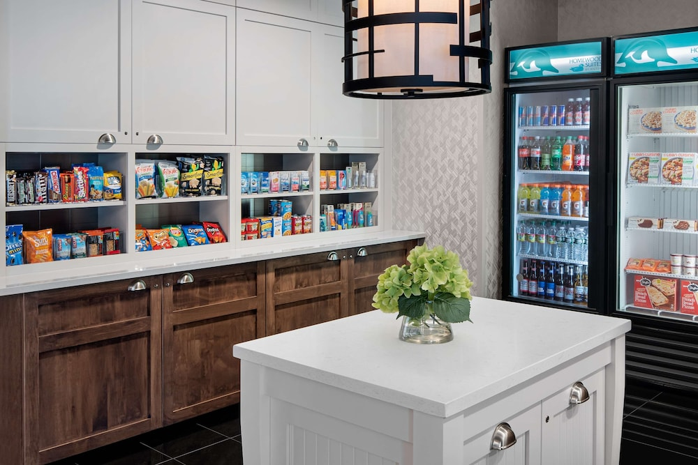 Snack Bar, Homewood Suites by Hilton Carle Place - Garden City, NY