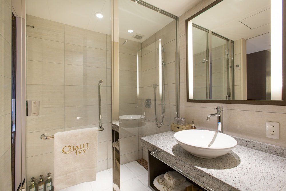 Bathroom, Chalet Ivy