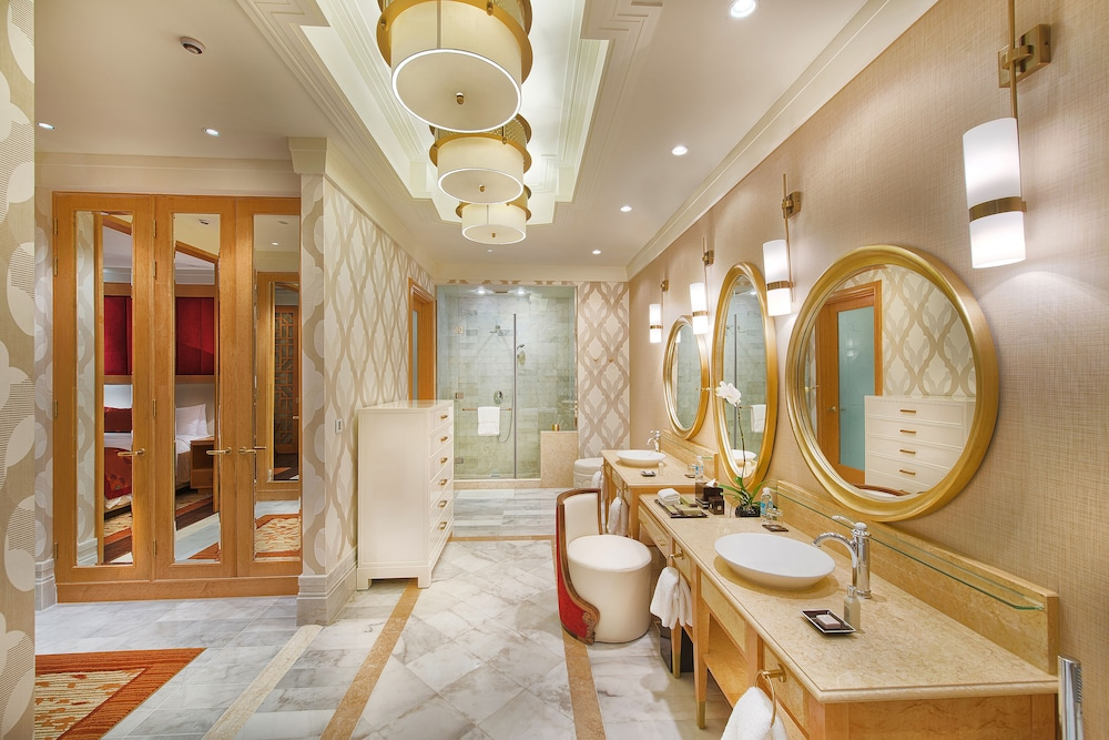 Bathroom, The Grand Ho Tram Resort & Casino