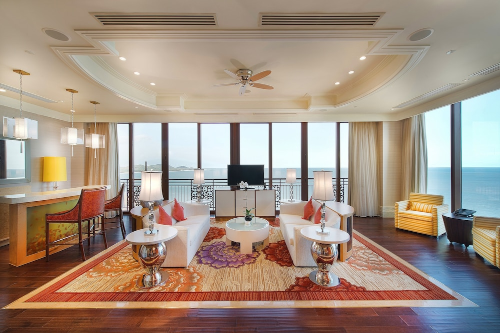 Living Room, The Grand Ho Tram Resort & Casino