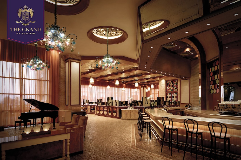 Restaurant, The Grand Ho Tram Resort & Casino