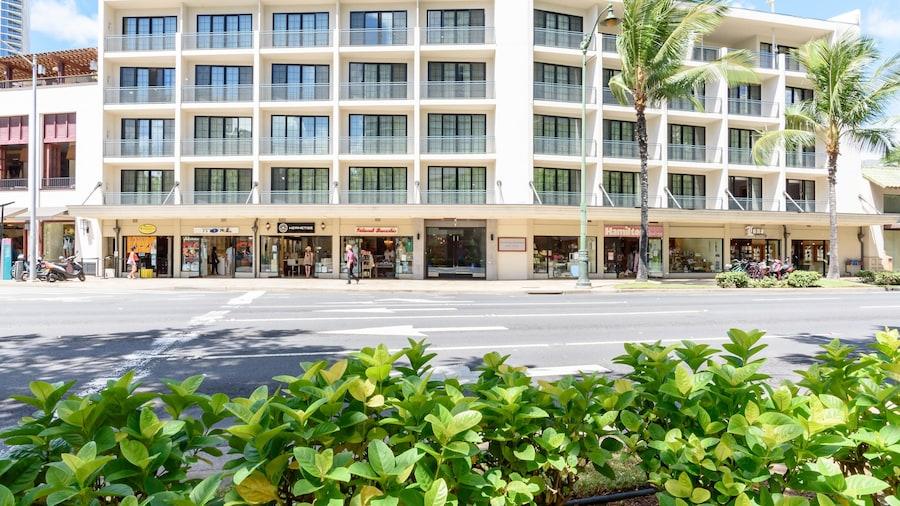 Polynesian Residences Waikiki Beach