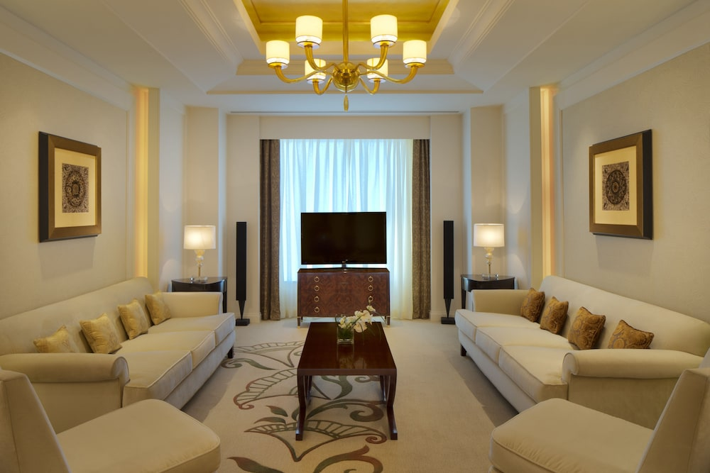 Living Area, Conrad Dubai