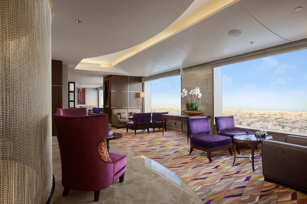 Executive Lounge, Conrad Dubai