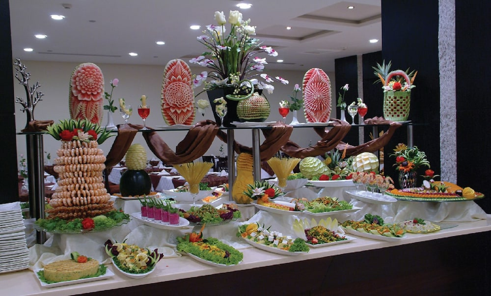 Buffet, Dar Al Eiman Royal Hotel