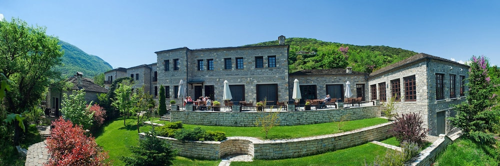 Front of Property, Aristi Mountain Resort and Villas