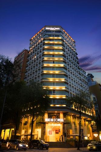 ニャット ハ ロペラ ホテル