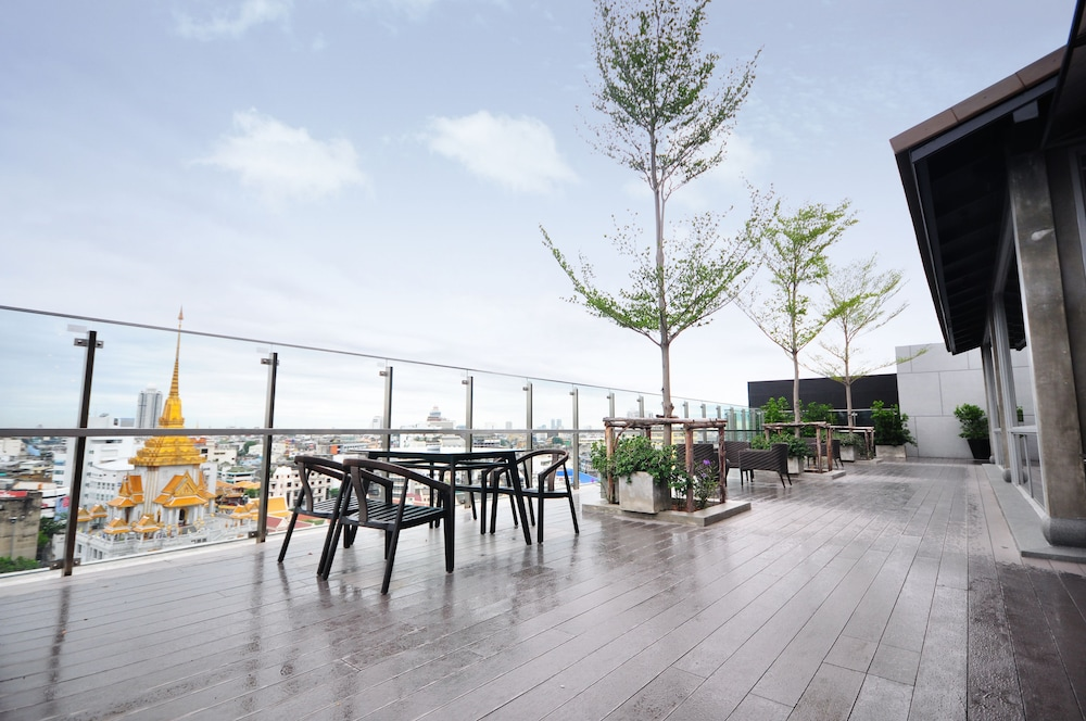 Terrace/Patio, The Quarter Hualamphong by UHG
