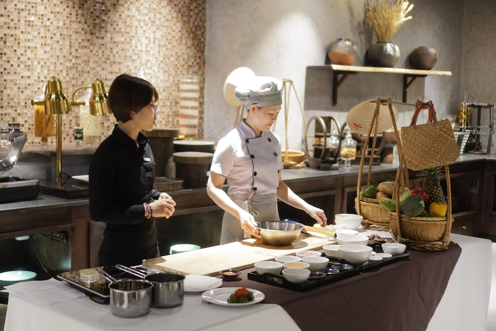 Family Dining, Alagon Saigon Hotel & Spa