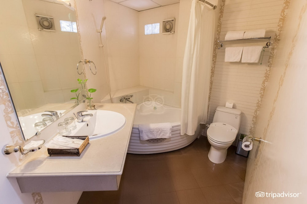 Bathroom, Alagon Saigon Hotel & Spa
