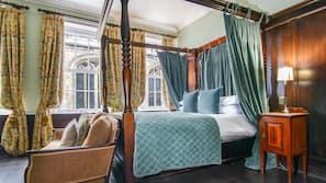 1 間臥室、設計每間自成一格、家具佈置各有特色、熨斗/熨衫板