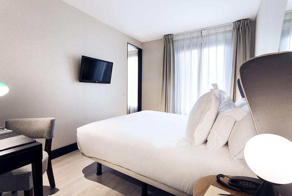 One shot luchana 22 madrid spain expedia - One shot hotels madrid ...