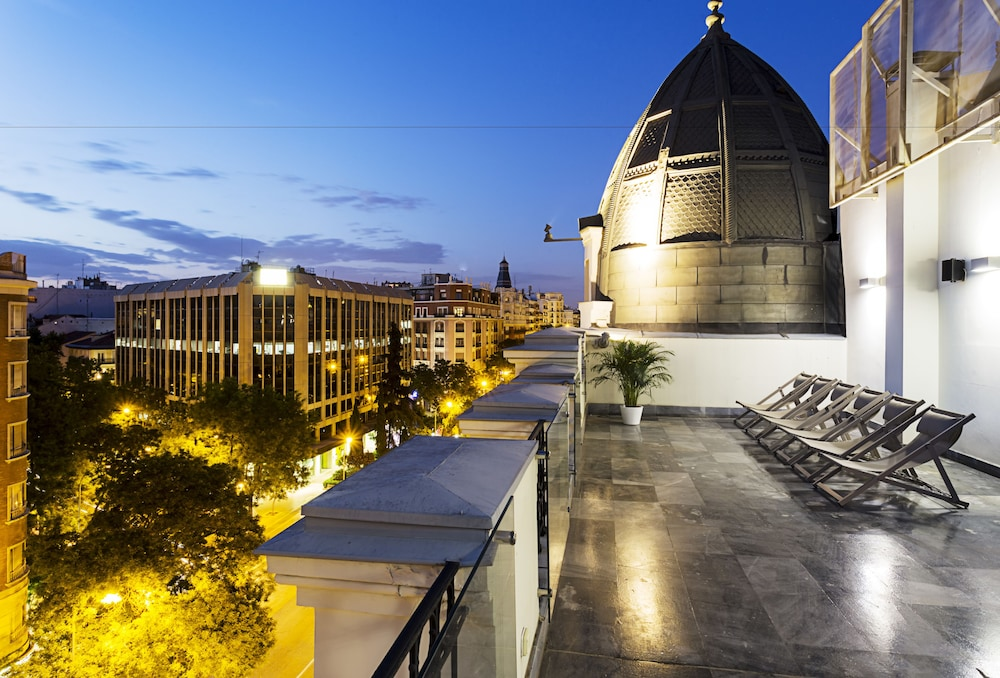 One shot luchana 22 reviews photos rates - One shot hotels madrid ...