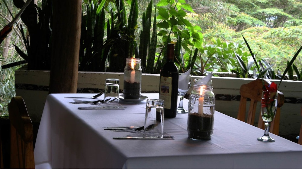 Outdoor Dining, Eco Quechua Lodge