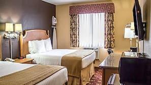 Daunenbettdecken, Schreibtisch, Bügeleisen/Bügelbrett