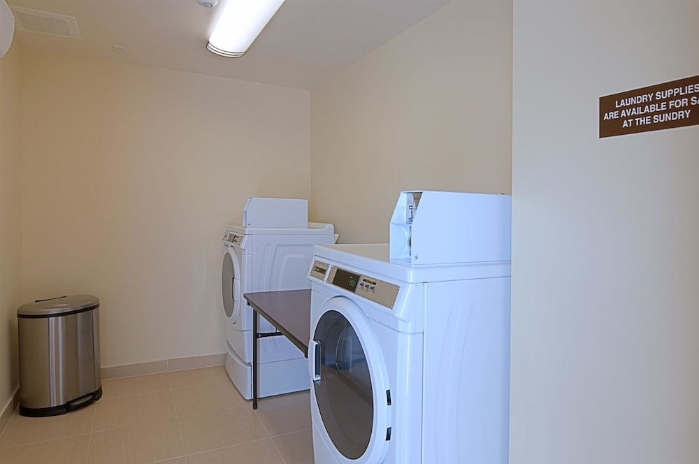 Laundry Room, Best Western Plus Miami Airport North Hotel & Suites