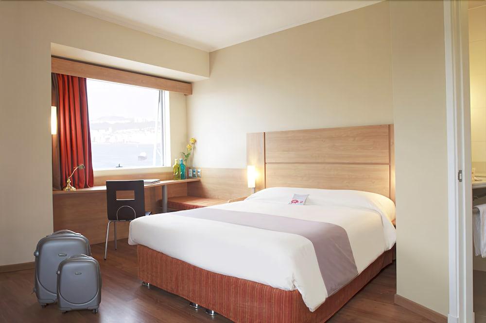 Ibis valparaiso deals reviews wotif for Hotel ibis valparaiso