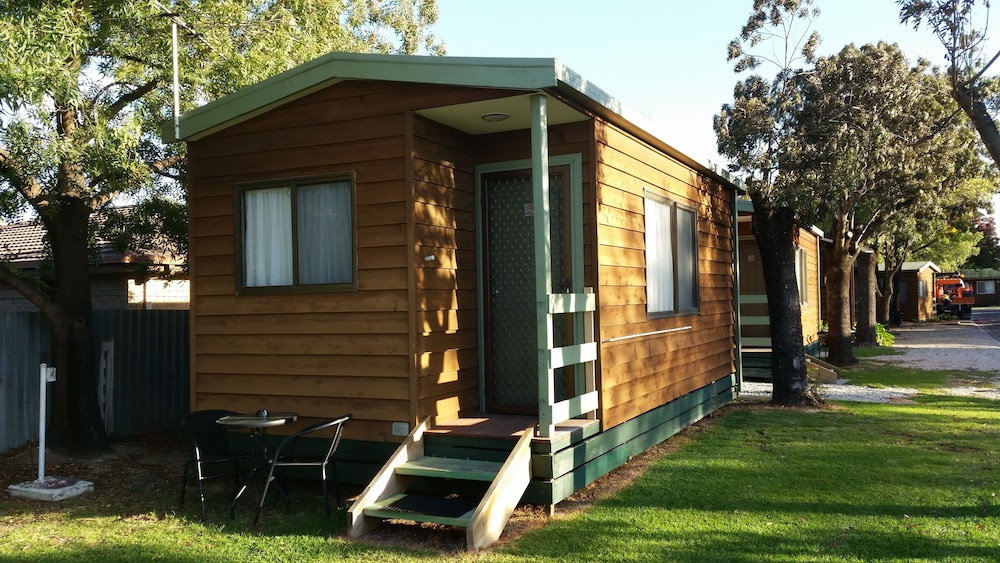 Lavington Australia  city photos : ... Albury Tourist Park Deals & Reviews Lavington, Australia | Wotif