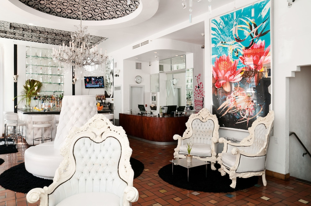 Posh South Beach Hostel A Group Hotel 3 0 Out Of 5 Sundeck Featured Image Lobby