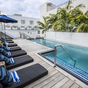 Posh South Beach Hostel, a South Beach Group Hotel