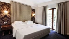 Select Comfort beds, minibar, in-room safe, soundproofing