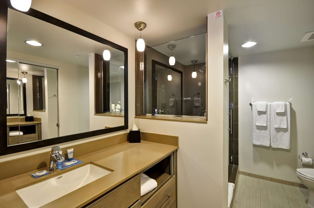 Bathroom, Hyatt House Atlanta Cobb Galleria