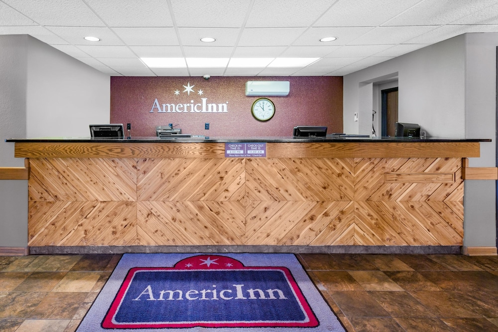 Reception, AmericInn by Wyndham Medora