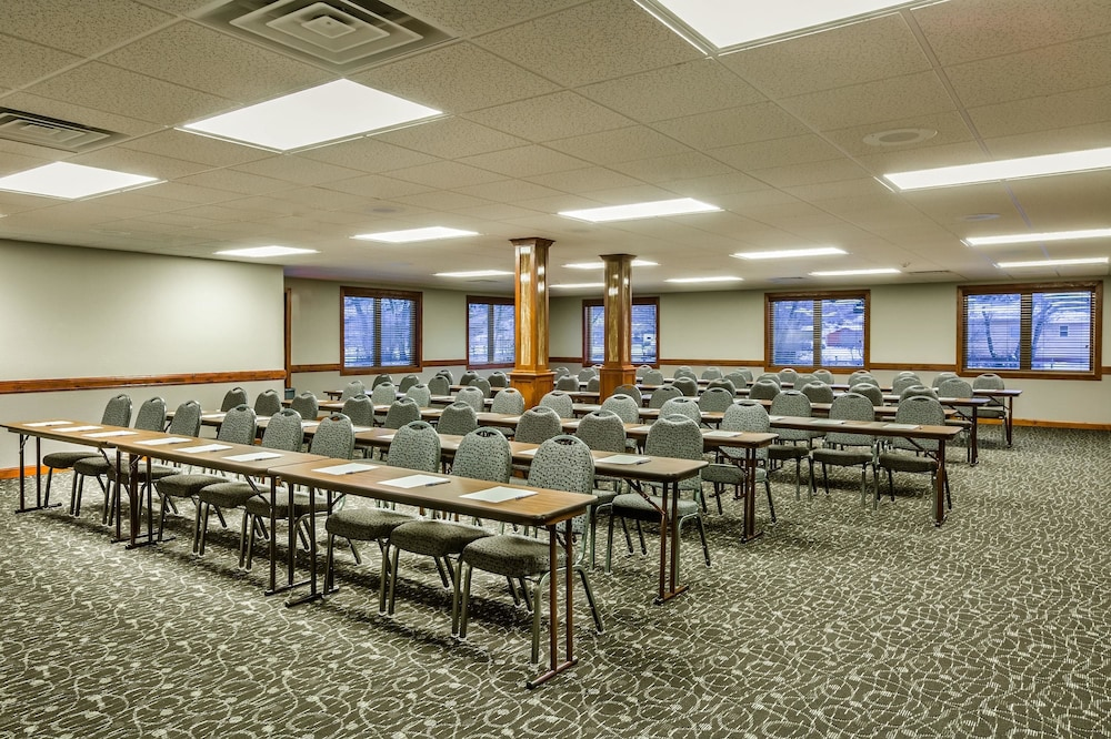 Meeting Facility, AmericInn by Wyndham Medora