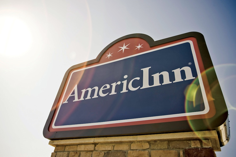 Property Grounds, AmericInn by Wyndham Medora